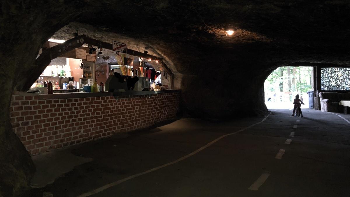 Pekelne Doly Motorkarsky Drive In Bar