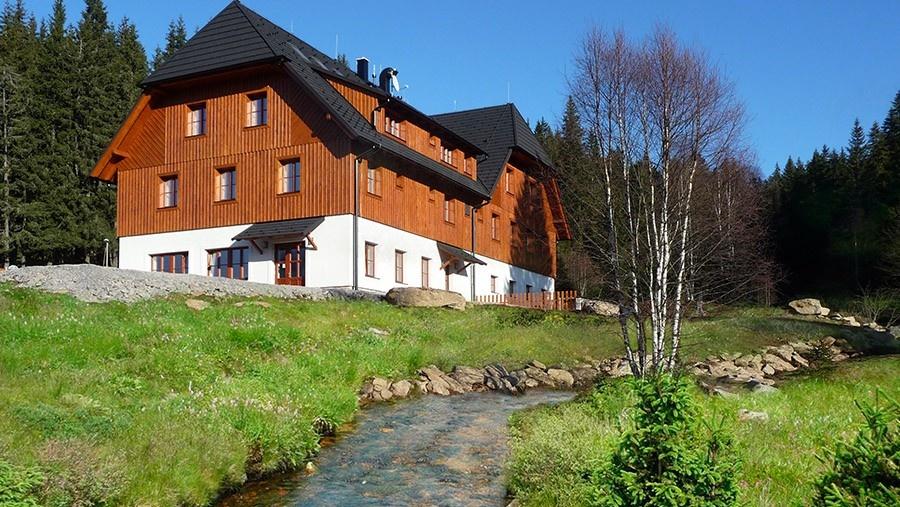 Hotel Mádr na Modravě - rodinná pohostinnost v srdci Šumavy