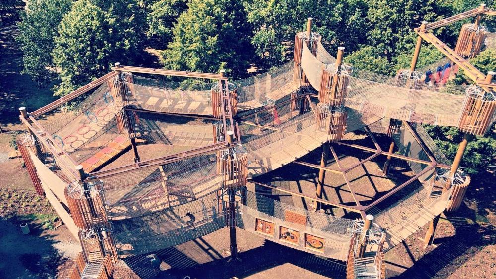 Mostecký Funpark nabízí 3 patra tělocviku pod širým nebem