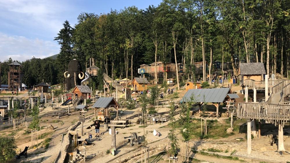 Mamutíkův vodní park, Lesní zážitkový park a Pískový svět